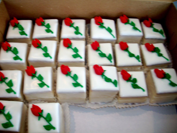 Rita S Bakery Knoxville Tennessee Petit Fours